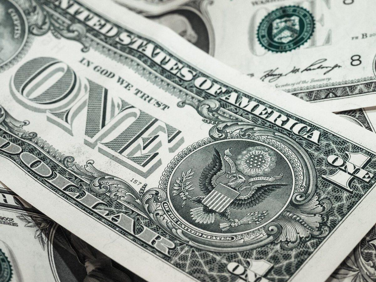 7 na 10 przedsiębiorców w naszym kraju ma problem z klientami niepłacącymi na czas. Intrum publikuje raport EPR 2020
