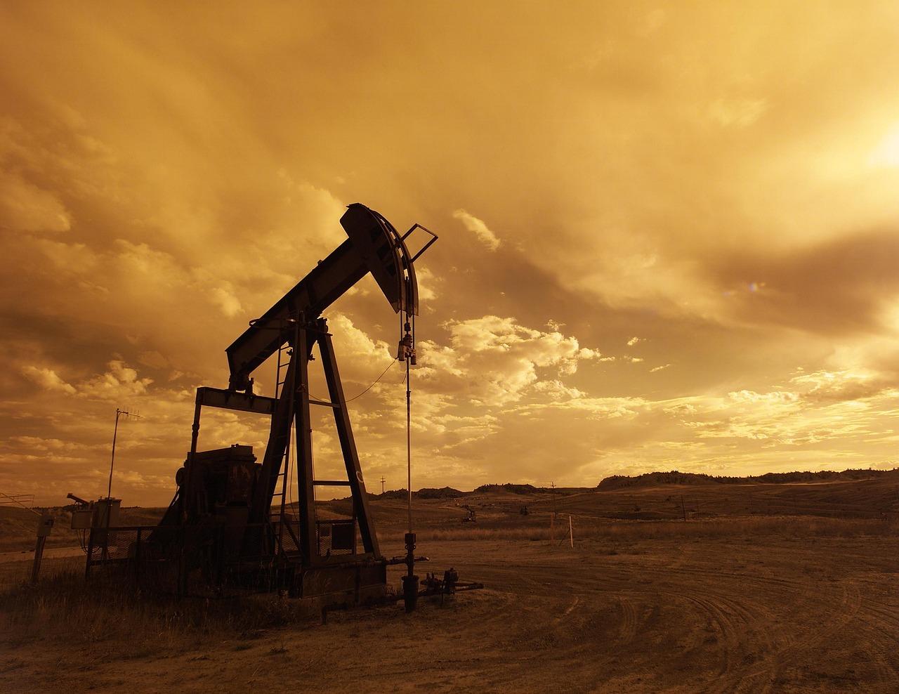 Baryłka ropy za 100 dolarów? Bez przesady
