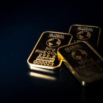Blisko 60% Polaków oszczędzało w III kwartale 2020 roku. Nieruchomości i złoto jako najatrakcyjniejsze inwestycje – analiza badania firmy Tavex