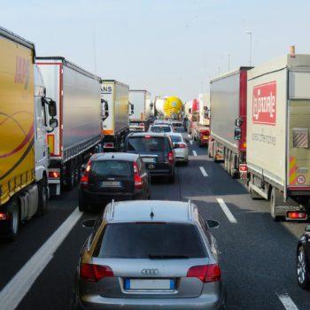 Branża transportowa boryka się z opóźnieniami w płatnościach