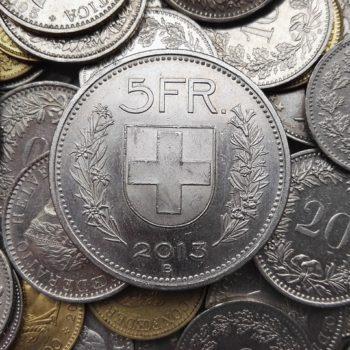 """Cena franka najniższa od """"czarnego czwartku"""""""