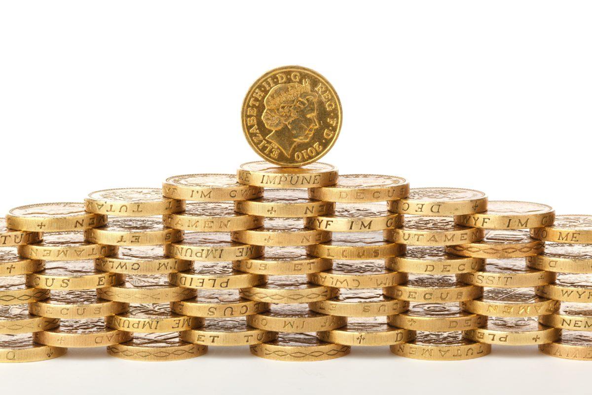 Cena rynkowa złota zalicza dalszy spadek