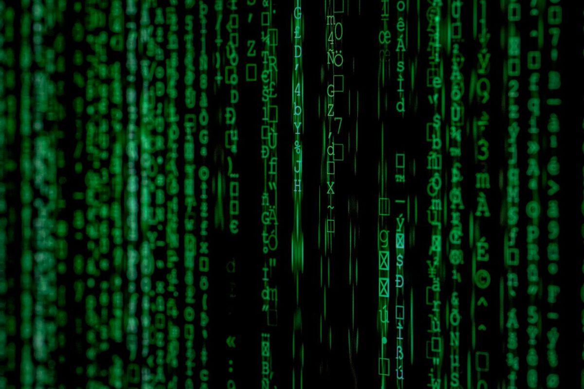 Co trzeci Polak nie wie, czy dobrze chroni swoje dane przed oszustami