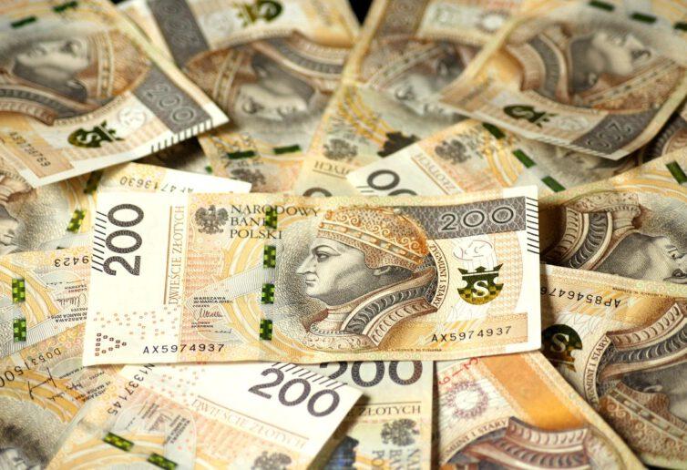 Czy pożyczka hipoteczna może zastąpić kredyt