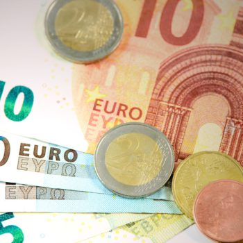 Dolar i funt brytyjski w lepszej formie, euro za to słabsze