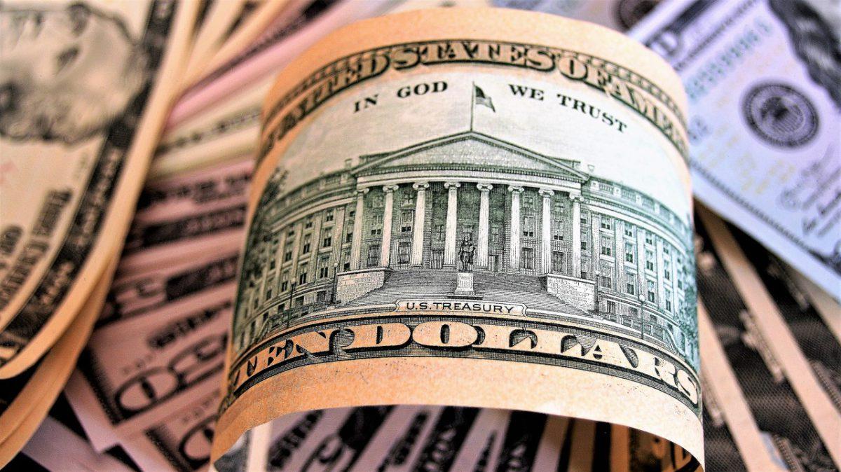 Dolar kieruje się na północ