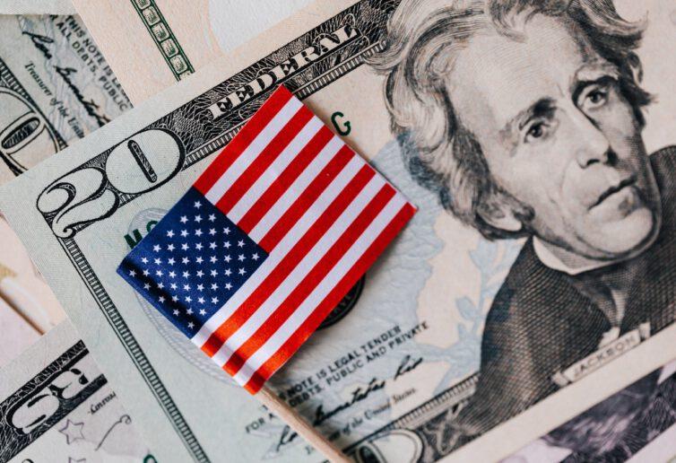Dolar traci