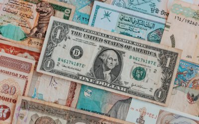 Domowe rachunki mniej dłużników, większy dług