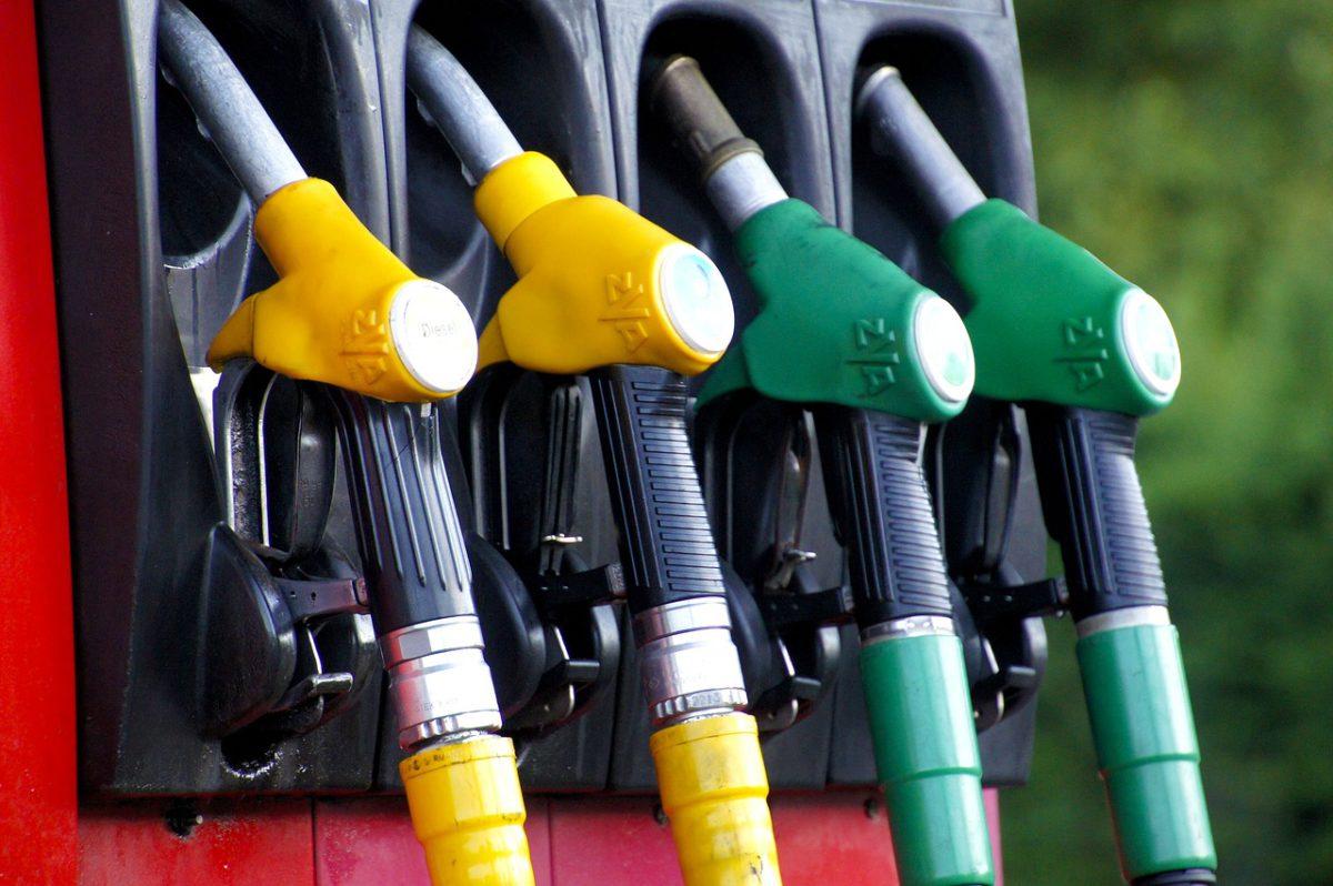 Duże podwyżki cen paliw - 5 zł na horyzoncie