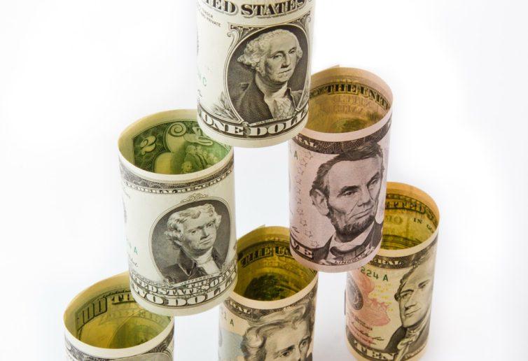 Fed sygnalizuje zmianę, jednak droga do słabszego dolara może być wyboista