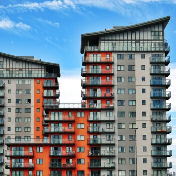 HRE Index Epidemia zatrzymała wzrosty cen mieszkań