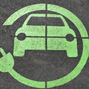 Hybrydy kluczem do 1 miliona aut elektrycznych