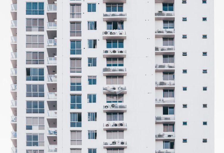 Ile mieszkań w ostatnich miesiącach sprzedali deweloperzy