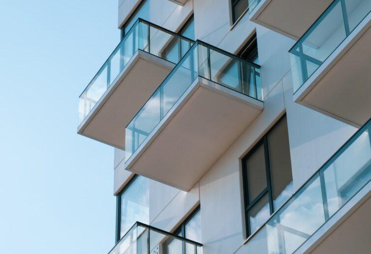 Jaki trend w mieszkaniówce przyniósł 2020