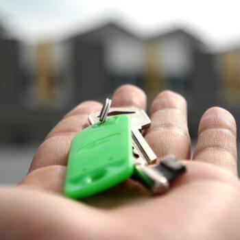 Jest szansa na niższe ceny wynajmu mieszkań. Najtaniej w Bydgoszczy, Warszawa najdroższa