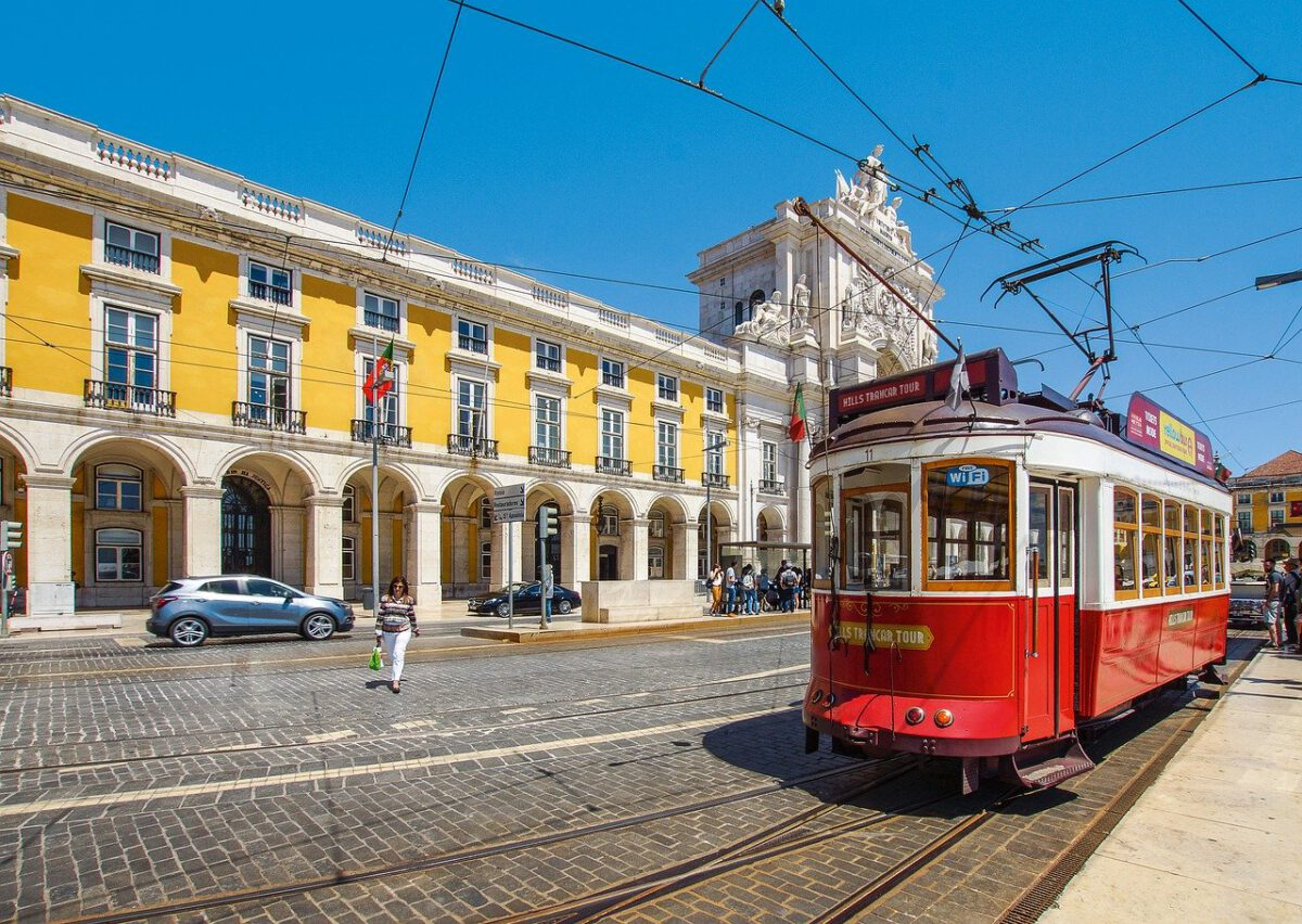 KE wszczęła postępowanie przeciw Portugalii ws. jej podatku od sprowadzanych aut