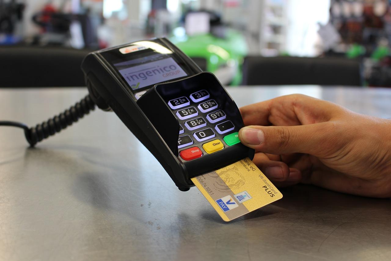 Płać jedną kartą z każdego zakątka świata! Karta wielowalutowa Alior Banku już dostępna