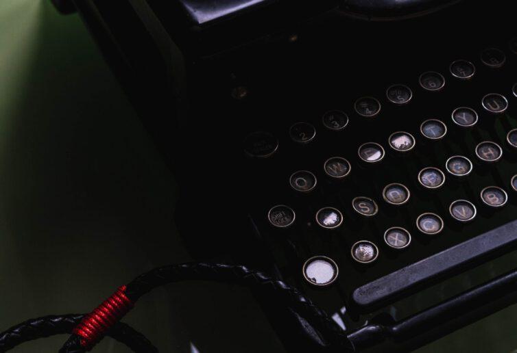 Komisja Europejska przeznacza 3,9 mln EUR na wspieranie dziennikarstwa śledczego i wolności mediów