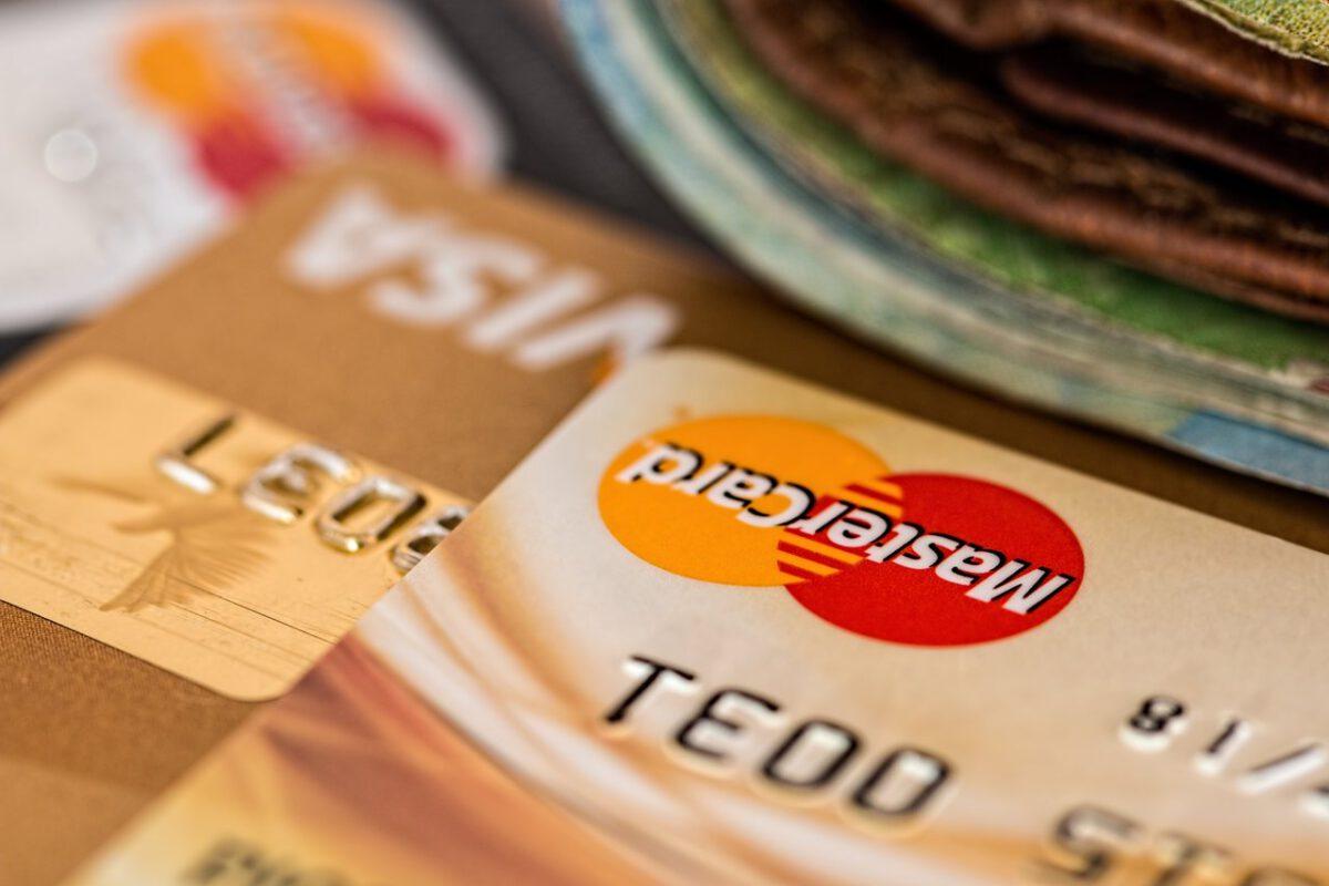 Kredyt dla firmy i nie tylko. Z jakiego wsparcia mogą skorzystać przedsiębiorcy w korona-kryzysie