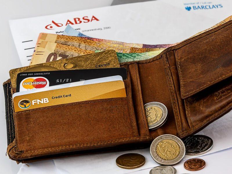 Kredyt konsolidacyjny – sposób na uniknięcie spirali długów w korona-kryzysie