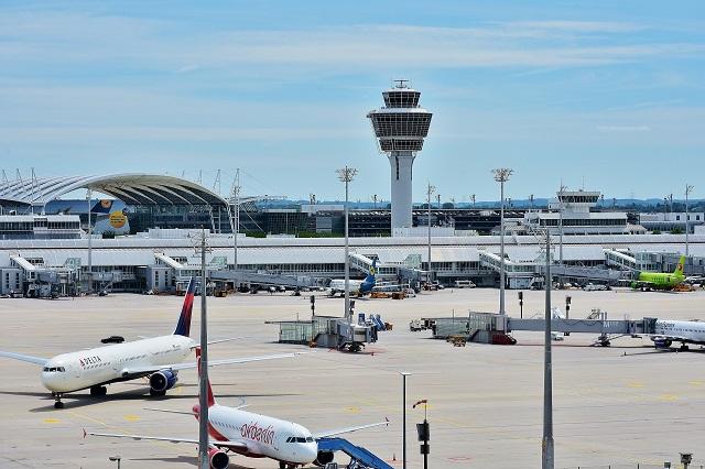 Linie lotnicze zobowiązują się do terminowego zwrotu kosztów po odwołaniu lotów