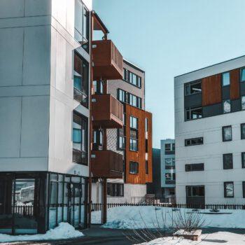 Mieszkania w czasie pandemii - jak koronawirus wpłynął na ceny warszawskich inwestycji