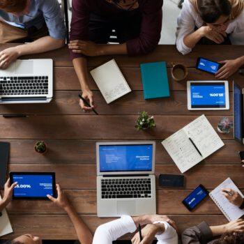 Nowe rozwiązania komunikacyjne w firmach deweloperskich
