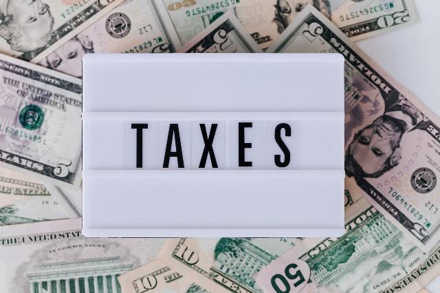 Obowiązek zapłaty podatku od czynności cywilnoprawnych przy sprzedaży gruntu
