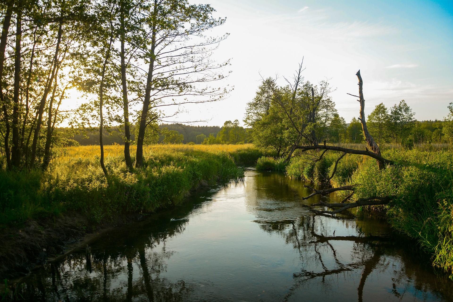Od 1 stycznia 2022 r. podwyżki opłat za korzystanie ze śródlądowych dróg wodnych oraz śluz i pochylni