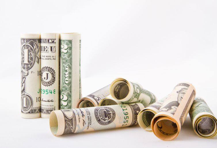 Odwrócona krzywa dochodowości zapowiada kryzys?