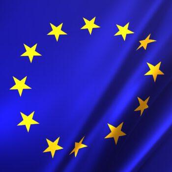 Ostateczne przyjęcie zmienionej niebieskiej karty UE w celu przyciągnięcia wysoko wykwalifikowanych pracowników do Europy
