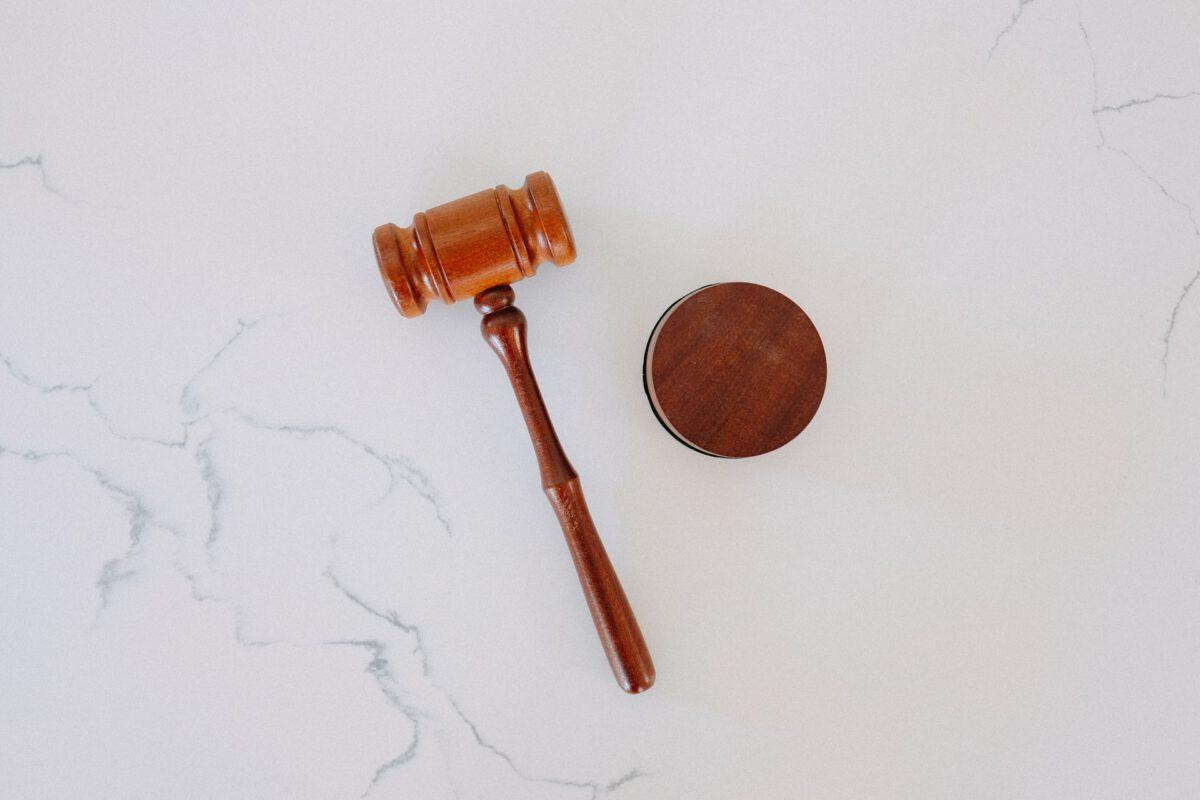 Pogorszenie postrzegania niezależności sądów w UE