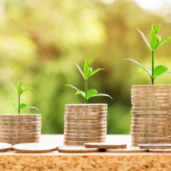 Polacy zaczynają inwestować oszczędności