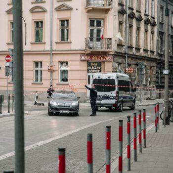 Policja bezprawnie legitymowała i karała manifestantów
