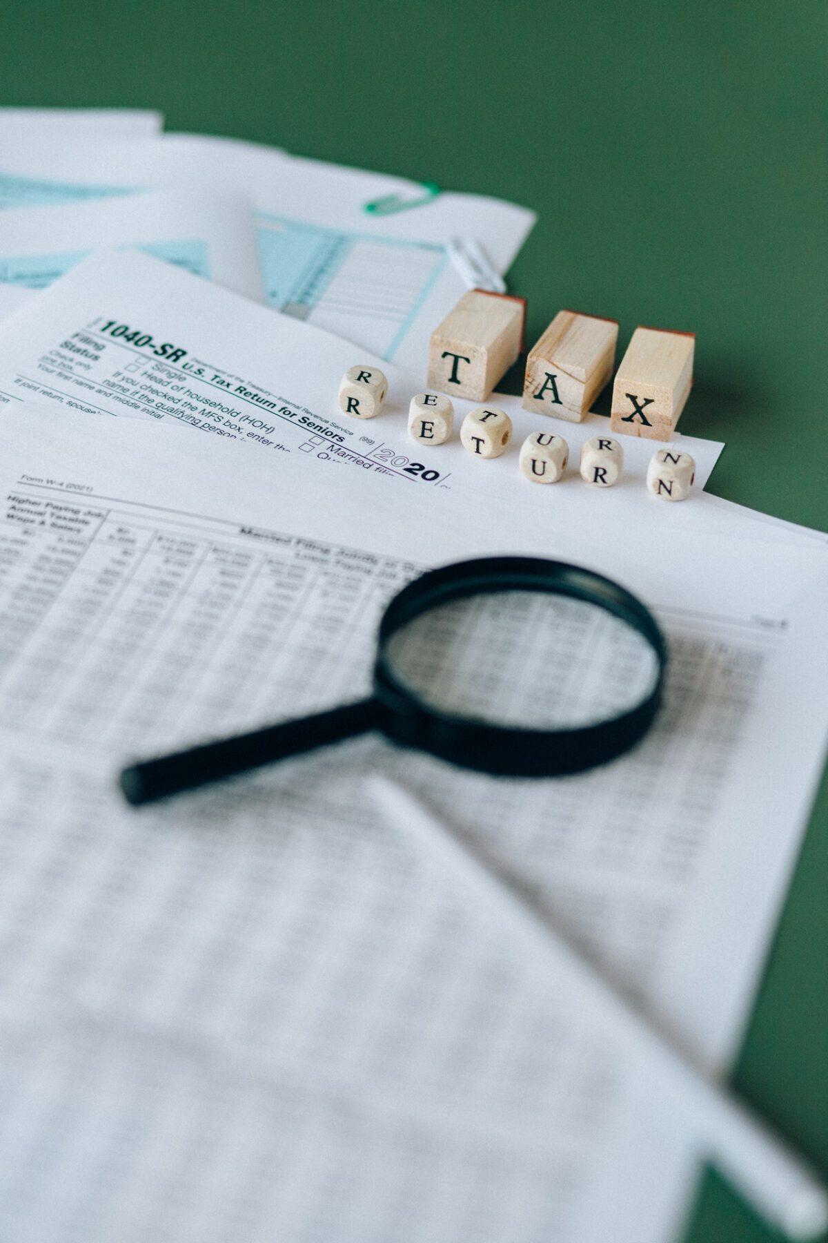Przeniesienie praw autorskich do projektów a rozliczenia podatkowe