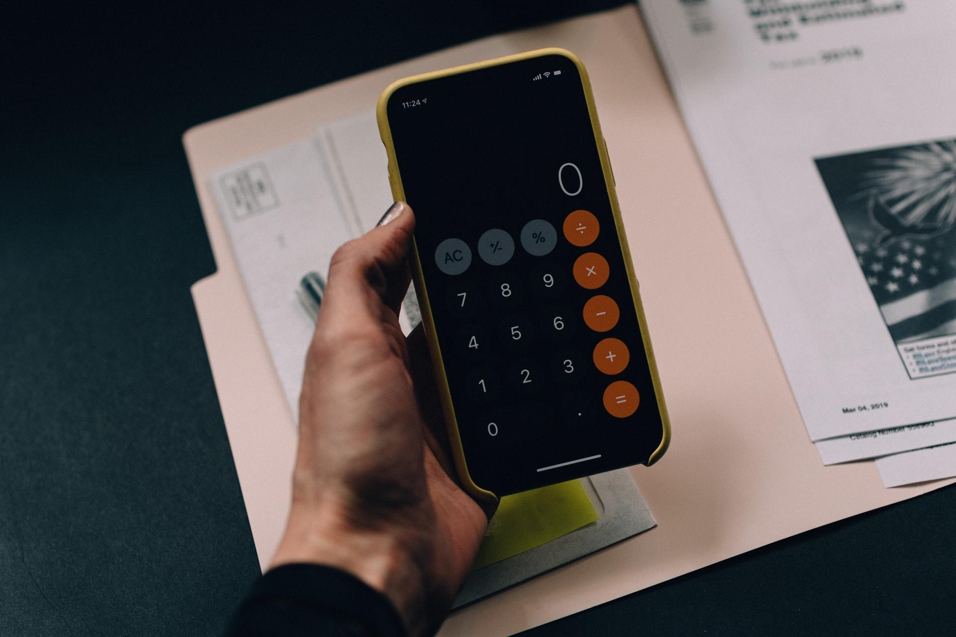 Przesłanie faktury smartfonem a wydanie faktury w zgodzie z ustawą o VAT