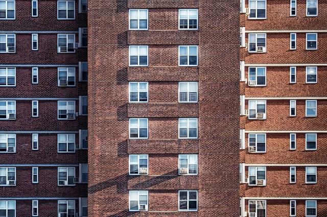 Przez epidemię powstaje o 12 tys. mniej mieszkań