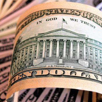 Rentowności amerykańskich obligacji rosną i wspierają dolara