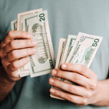 Rząd kusi oszczędzających dodatkowym procentem