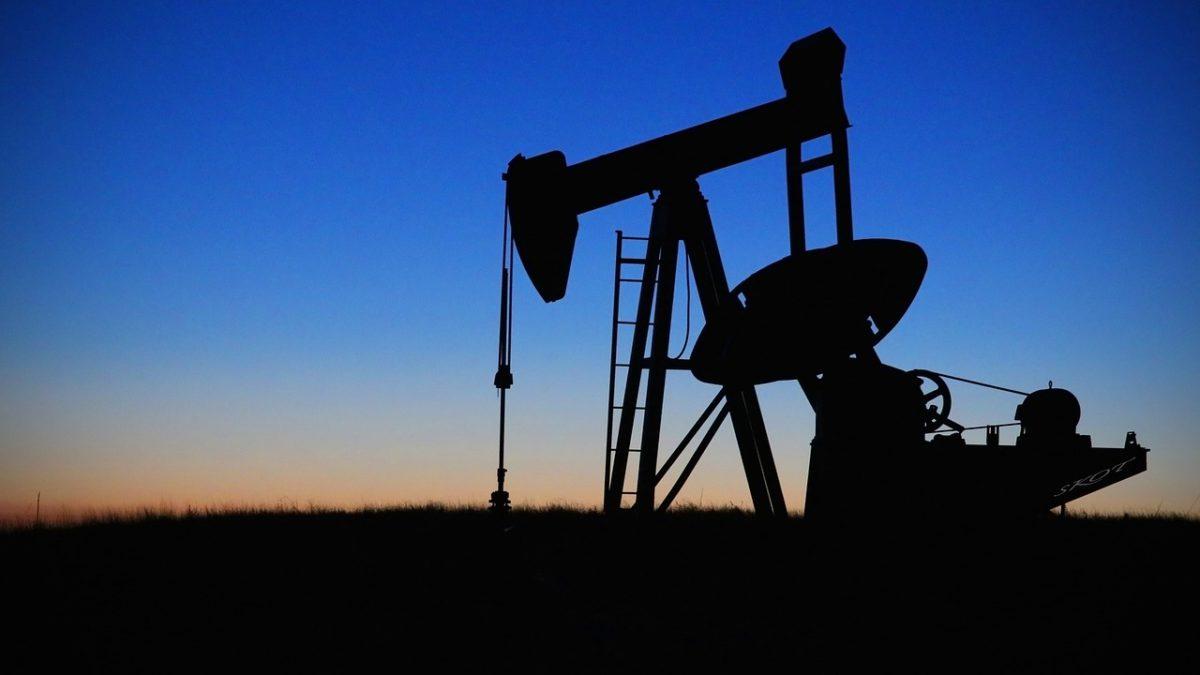 Tygodniowy Przegląd Rynku Surowców: Spready na rynku ropy coraz większe, złoto nadal szuka katalizatora