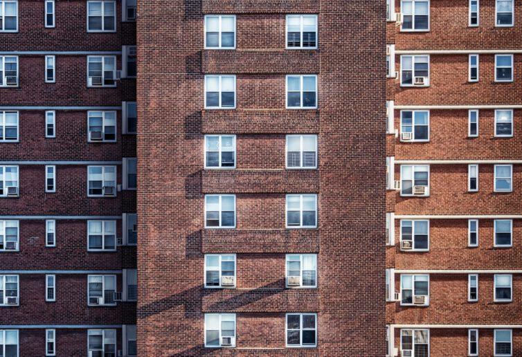 Sprzedaż przed upływem 5 lat mieszkania wydzielonego w wyniku podziału lokalu a podatek dochodowy