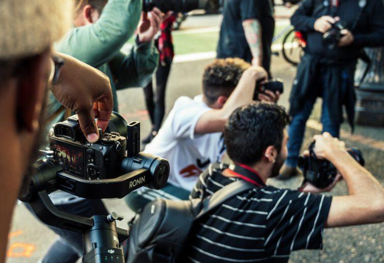 Stan wyjątkowy. Ograniczenie dostępu dziennikarzy do informacji prowadzi do wyłączenia spod wszelkiej społecznej kontroli działań organów publicznych