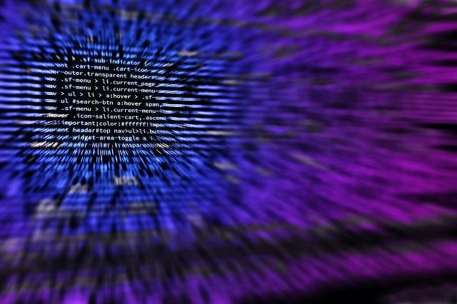Stare hasła i niezabezpieczony sprzęt zachęcają cyberprzestępców do działania
