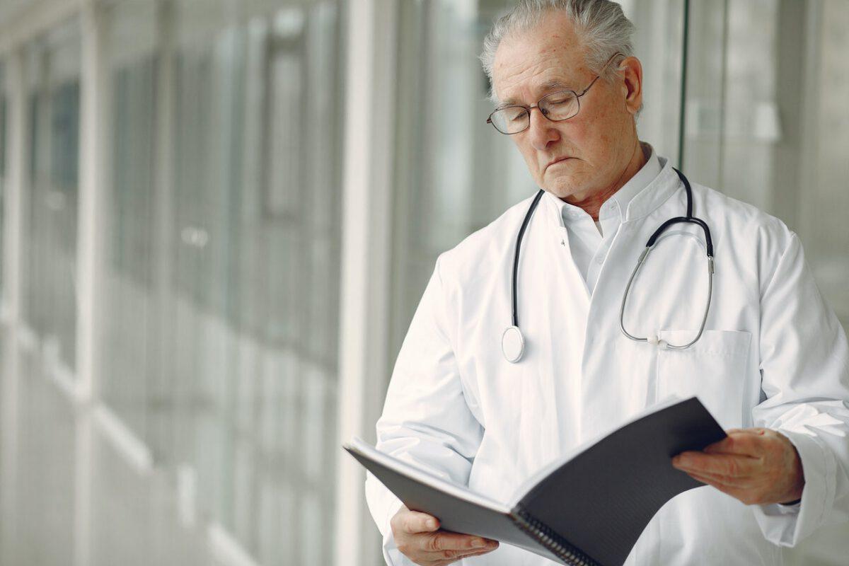 Stawka opodatkowania usług edukacyjnych wspomagających przygotowanie do egzaminu lekarskiego