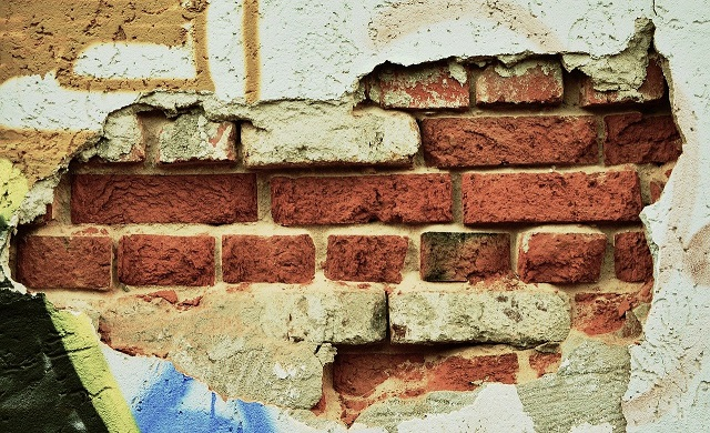 Termomodernizacja domu – poradnik o tym, co zrobić, żeby ciepło i pieniądze nie uciekały z naszych czterech ścian