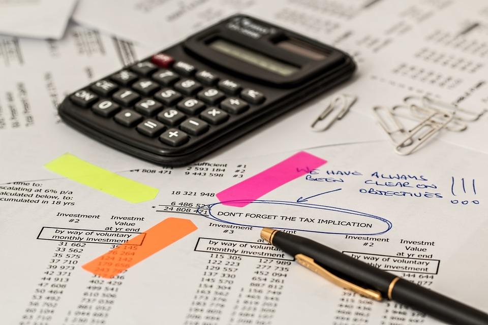 Ubezpieczenie firmy – poradnik dla przedsiębiorcy