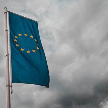 Umowy handlowe UE - dostarczanie towarów przedsiębiorstwom europejskim