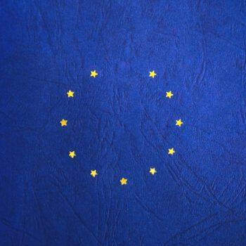 Unia twierdzi, ze Europejczycy są za walutą euro i godzą się na zaokrąglanie