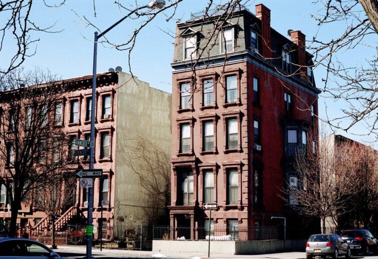 W których osiedlach kupimy gotowe mieszkania
