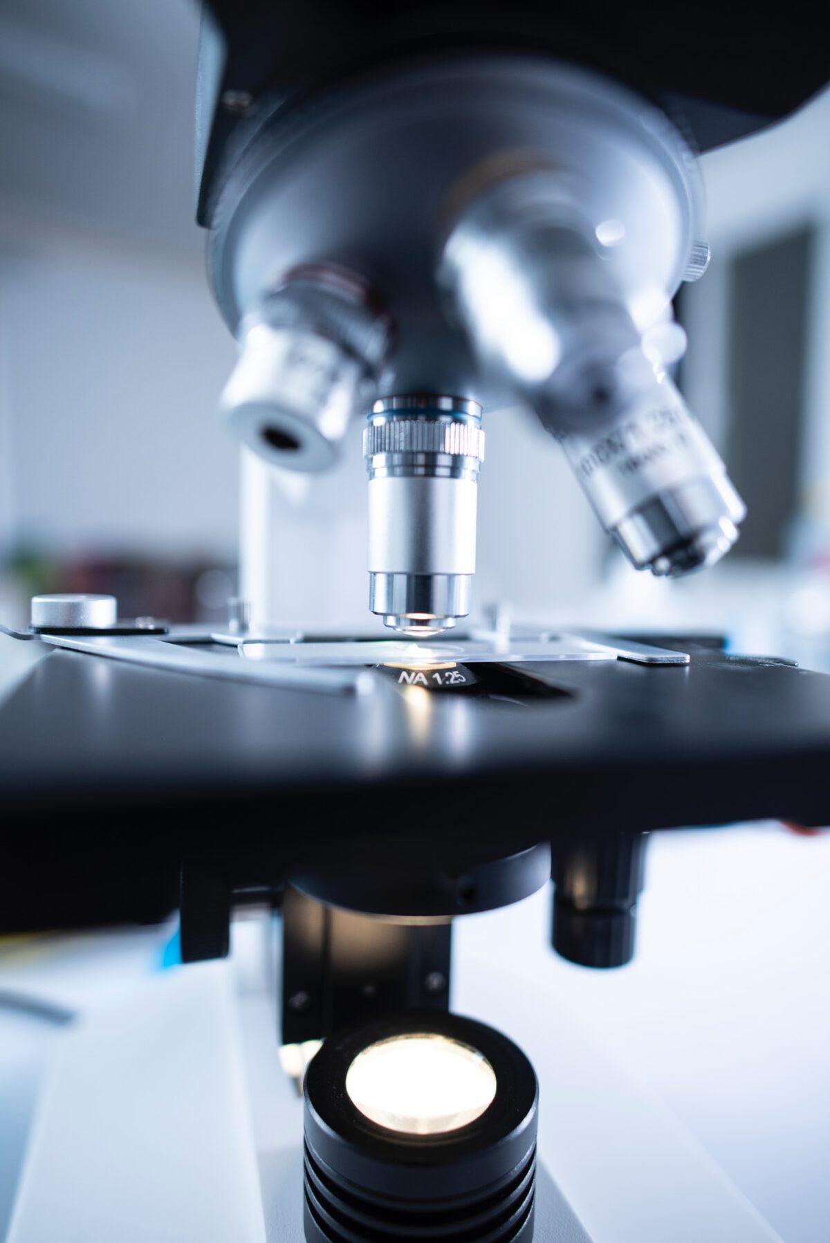 WHO chce wyjaśnić, czy COVID naprawdę powstał w laboratorium